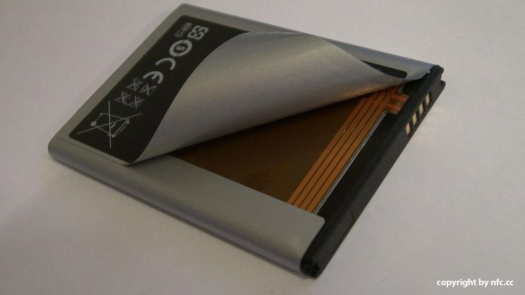 Puce NFC et batterie