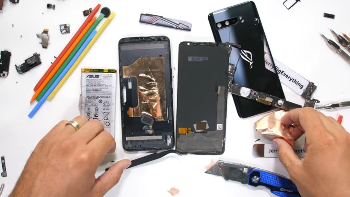Asus ROG Phone 3 teardown